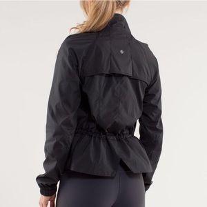 LULULEMON Run Travel To Track Jacket Size 4 Black
